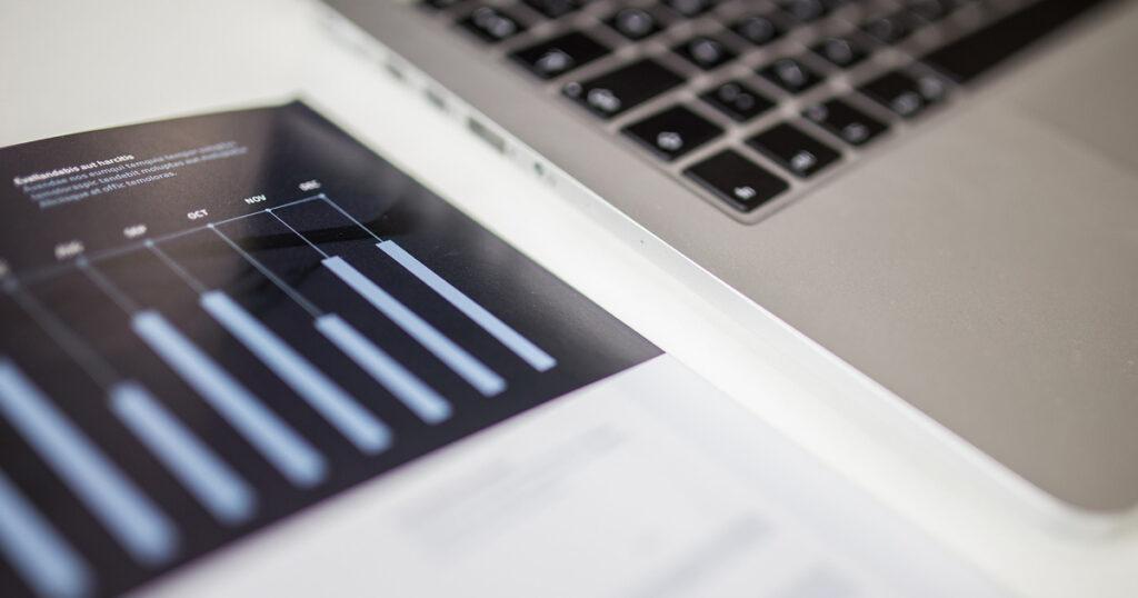 単月でトップ成績の営業マンは案件数の見直しをするべき